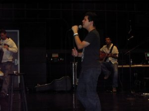 David rehearsing with the mic stand