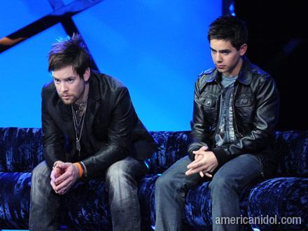 two davids pondering